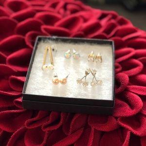 Bundle of 5 earrings - bling and pearls ✨